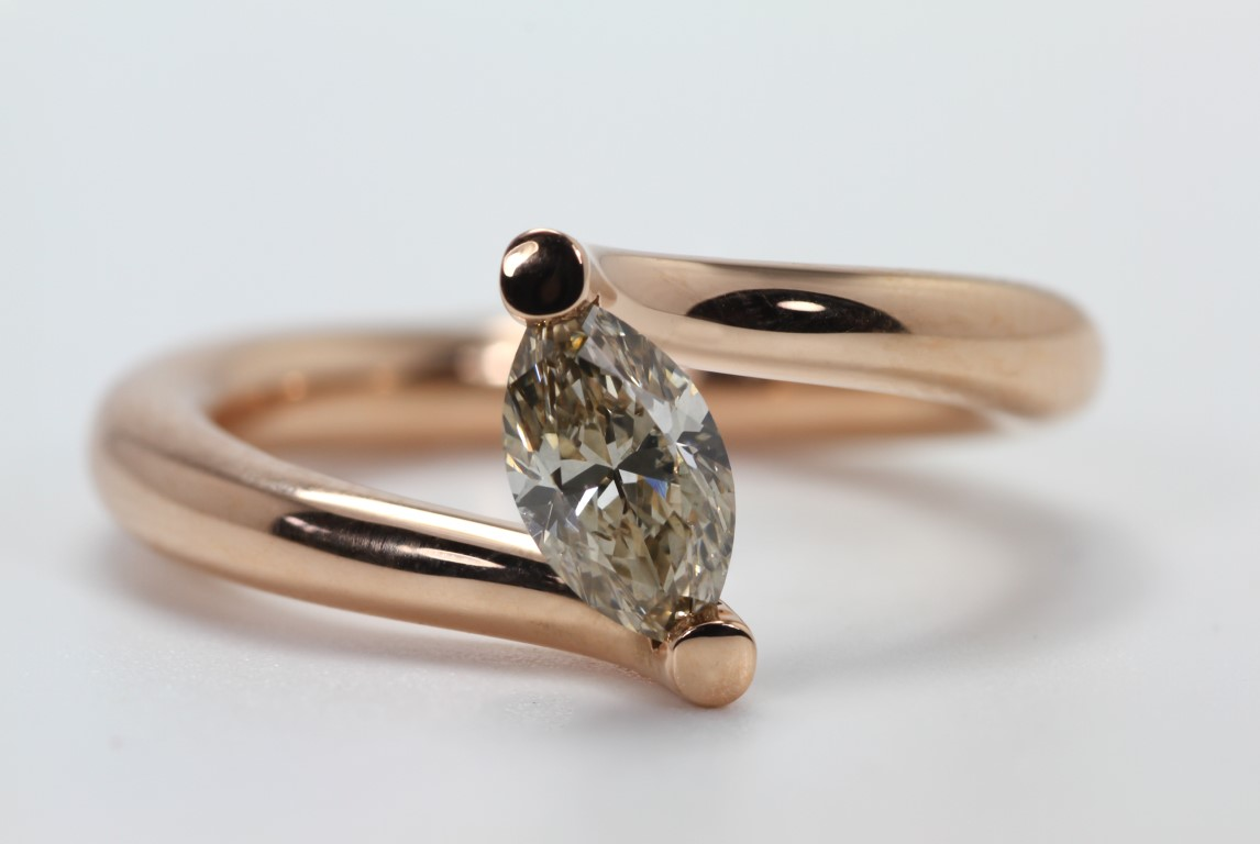 solitair-met-markies-diamant