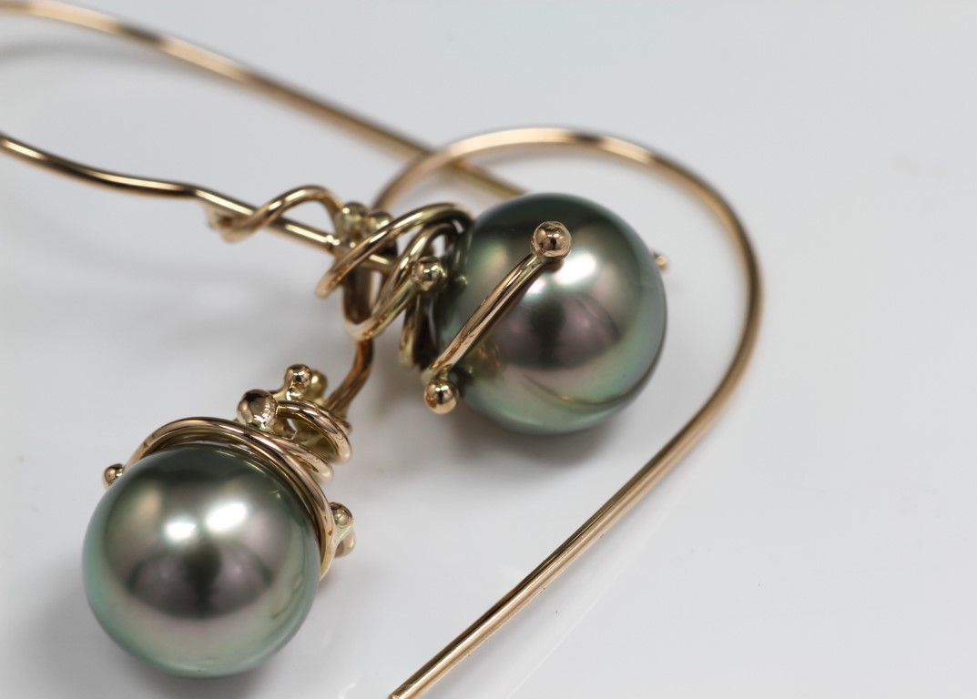 tahitipearl-earring-with-gold