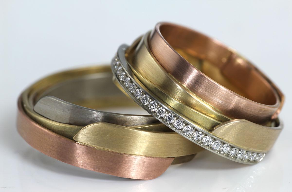 trouwringen met 5 kleuren goud