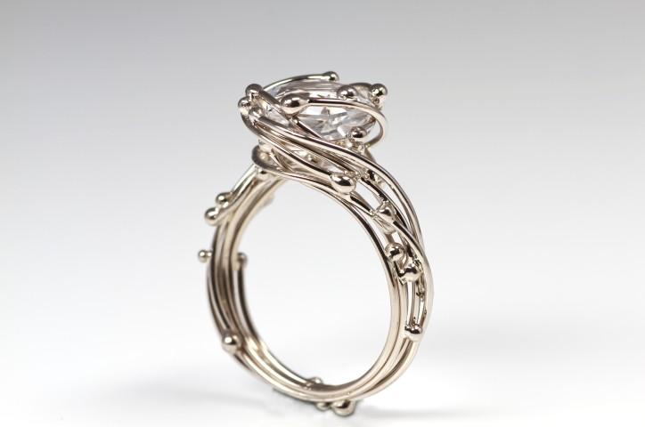 witte topaas ring