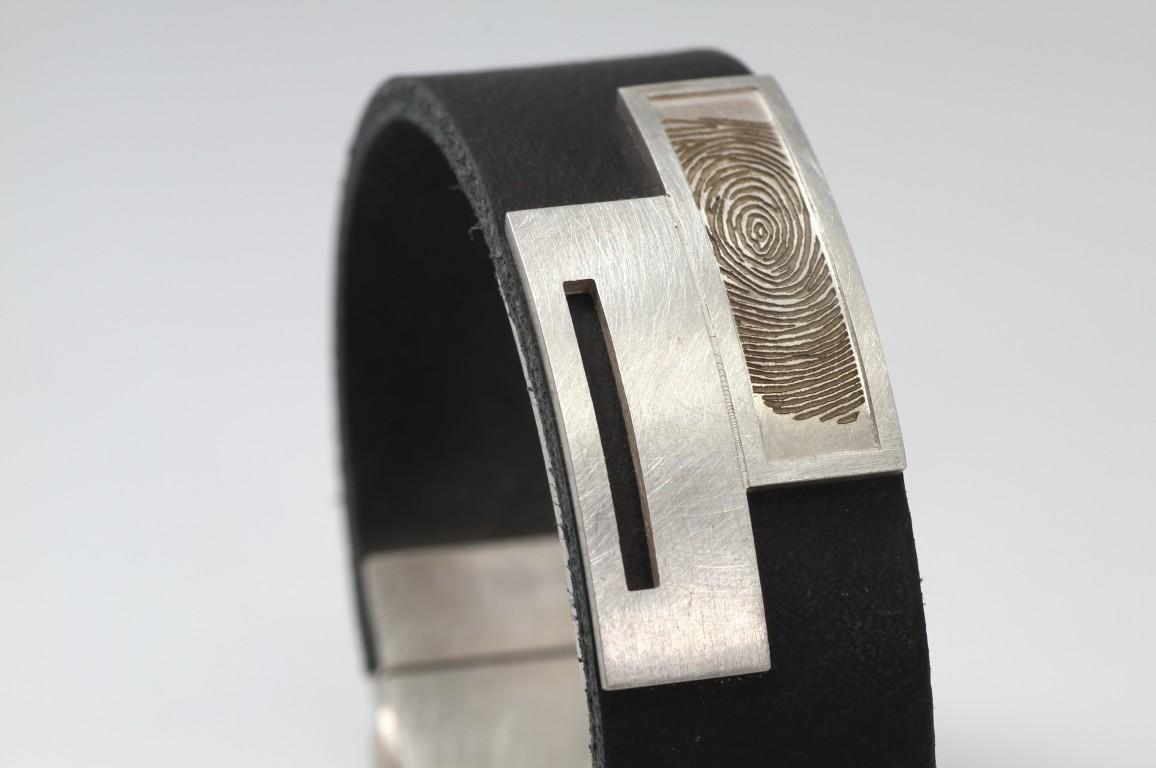 Goldline armband met vingerafdruk