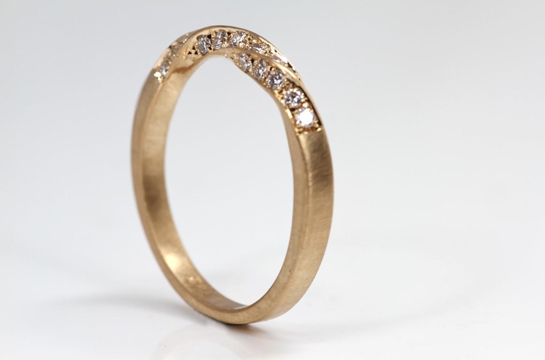 tors-ring-met-diamanten