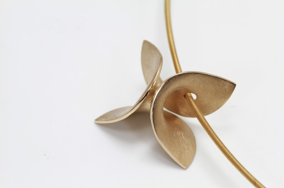 Gouden hanger Cardillac