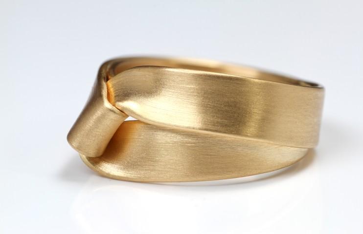 ring-fold
